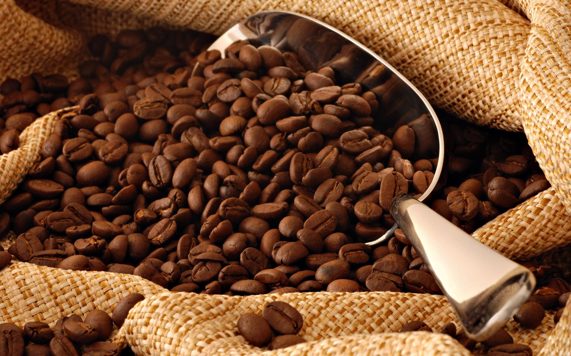 Mască cu cafea pentru păr