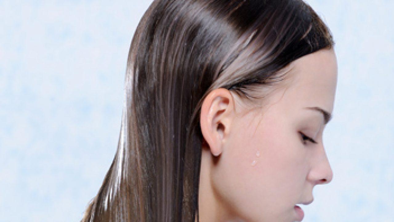 Cum se îngrijeşte părul gras – şampon bio de la Douce Nature