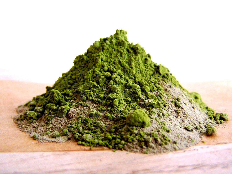 Masca de argila verde – beneficii pentru tenul mixt sau gras