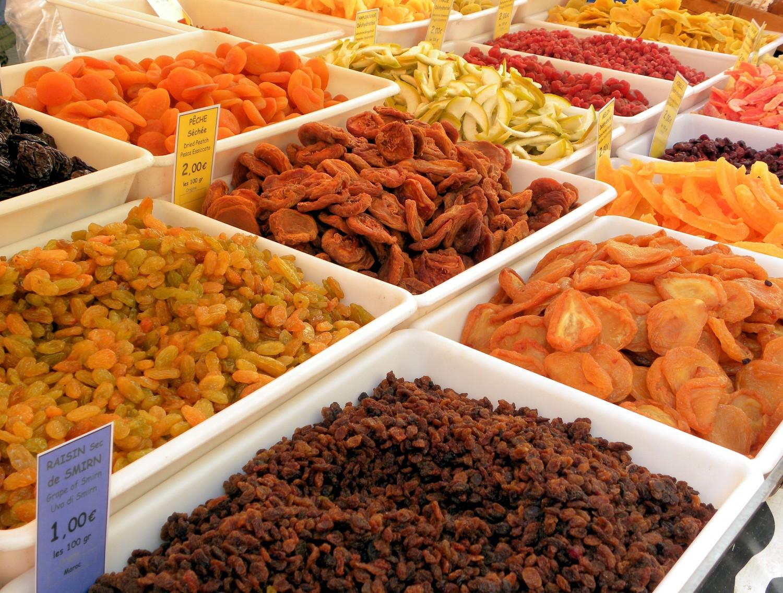 Fructele uscate, recomandate în curele de slăbire