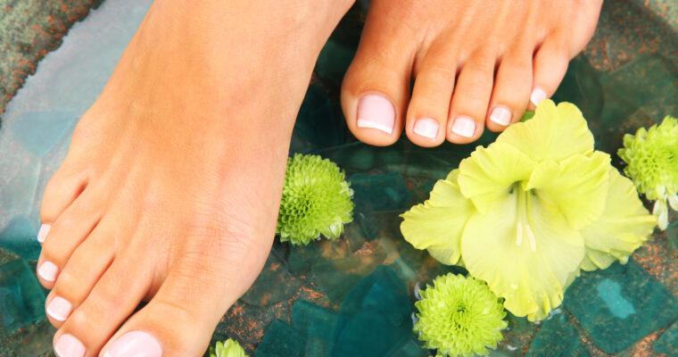 Îngrijirea picioarelor pe timp de vară – tratament reparator BIO