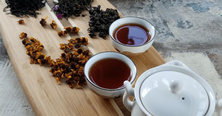 Ceaiurile bio – arome intense şi un gust de care ţi se face dor
