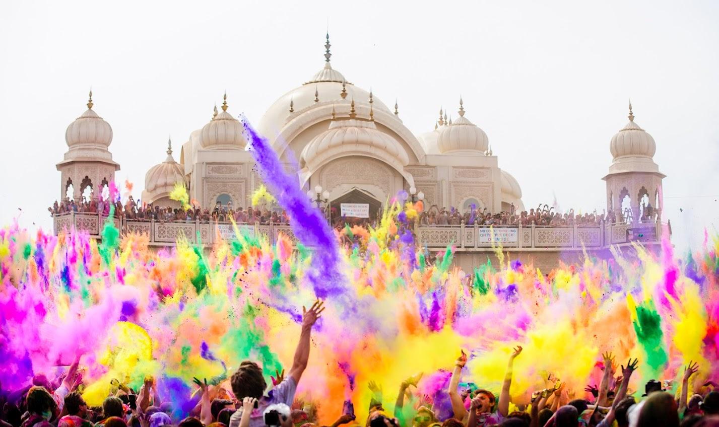 Holi festivalul culorilor