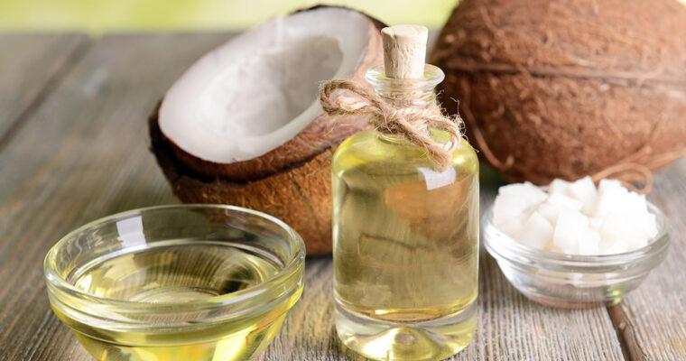Uleiul de cocos şi beneficiile sale pentru o piele frumoasă